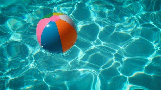 zwembad bal